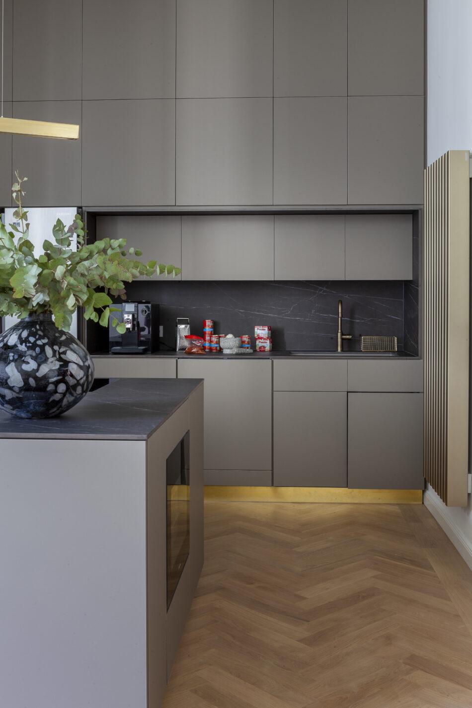 Antonius Schimmelbusch_Apartment_Berlin_Anne-Catherine Scoffoni_privat_08